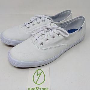 Keds Champion Core Canvas Sneaker size 7.5 white